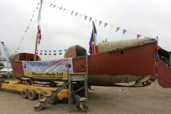 Le canot de sauvetage a quitté Migennes le 29 juin pour rejoindre Hastings, sur la côte britannique.