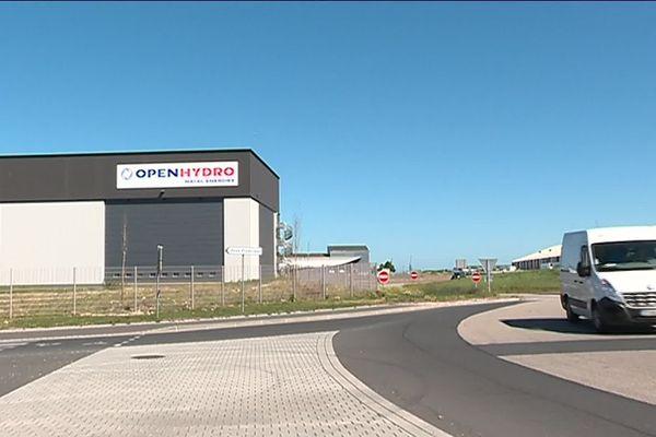 Le bâtiment inauguré le 14 juin 2018 sur le port de Cherbourg est toujours inoccupé. C'est une friche neuve...