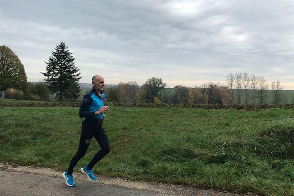 La pratique sportive individuelle, toujours possible dans un rayon de 10 km.