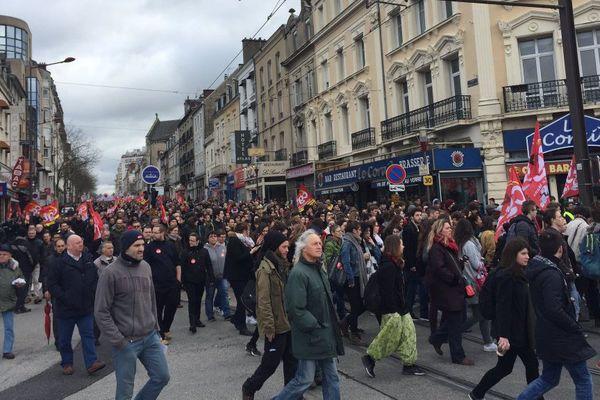 Rassemblement contre la loi Khomri au Mans : 1 500 manifestants (police) 5 à 7 000 (organisateurs)