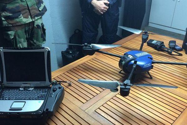 Le drone permet une surveillance précise de certains lieux qui ne peuvent pas être survolés en hélicoptère.