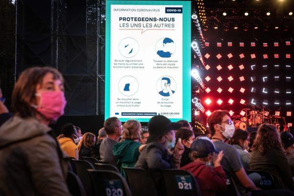 Les festivals de l'été devraient se tenir mais avec l'obligation pour les spectateurs de rester assis et distanciés.
