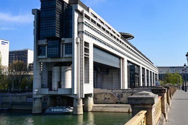 Bercy confirme la relocalisation de certains services des finances publiques.