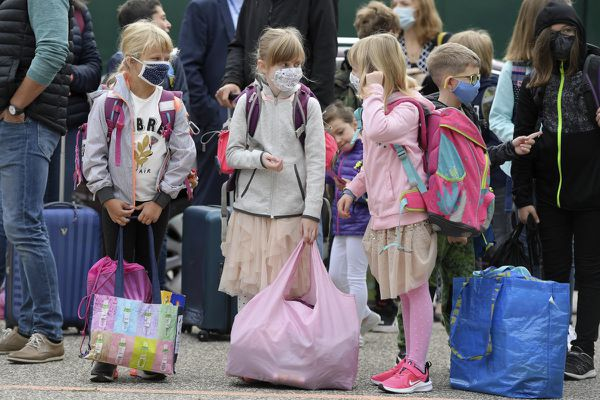 Les élèves du primaire vont pouvoir enlever le masque dans cinq départements de la région Auvergne-Rhône-Alpes. Photo d'illustration