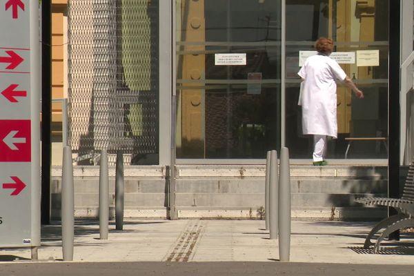 Lézignan-Corbières (Aude) - le centre hospitalier - mai 2020.