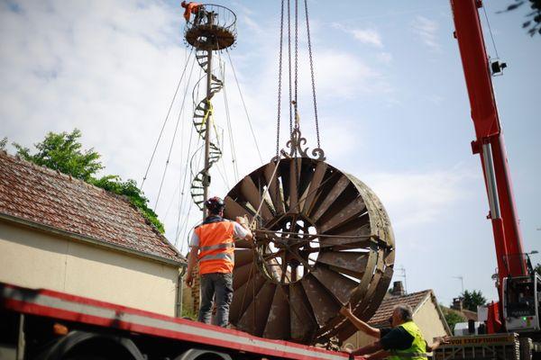 Le rotor de l'éolienne Bollée pèse 1,1 tonne.