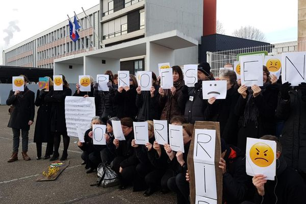 Salaires, suppression de postes, gestion de la crise sanitaire : les trois motifs principaux de la grève du mardi 26 janvier 2021