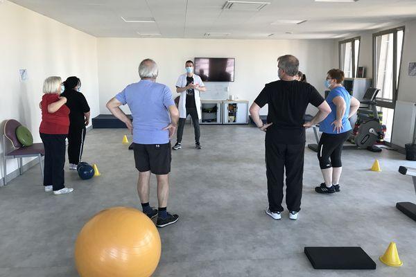 Dans cet hôpital de jour à Clermont-Ferrand, les patients atteints d'obésité apprennent à vivre avec la maladie.