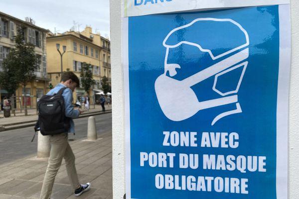 Le port du masque obligatoire a été adopté par plusieurs villes comme Aix-en-Provence, et maintenant Annecy.