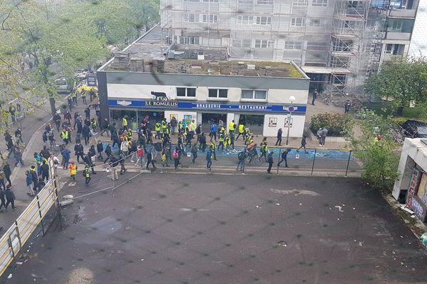 Les Gilets jaunes s'éparpillent dans le quartier de l'Esplanade