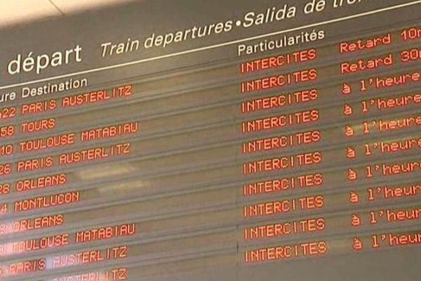 La circulation a repris ce matin sur le réseau, après une nouvelle interruption due à la présence d'un colis suspect en gare de Saint-Michel-Sur-Orge (91)