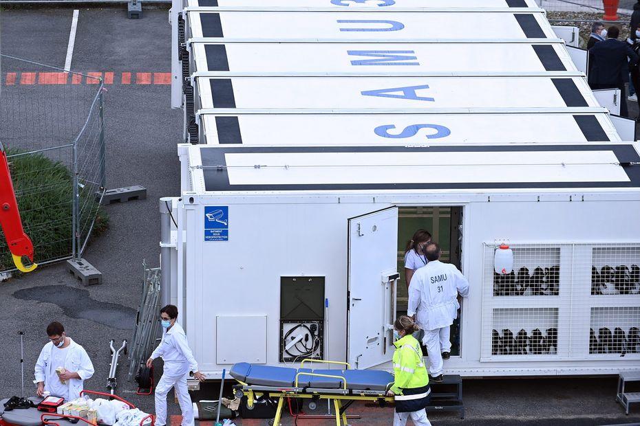 Covid : l'hôpital mobile créé par le Samu de Toulouse pourrait servir bientôt de vaccinodrome