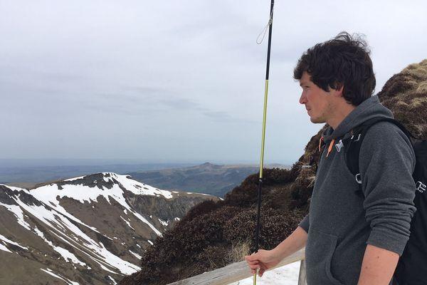 Les amateurs de ski de randonnée ont profité du temps estival et des dernières neiges, au pied du Mont-Dore.