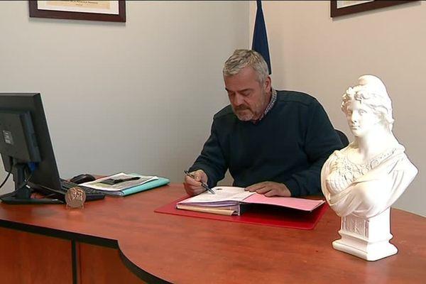 Le maire de Marnay compte bien aller au bout de sa démarche.