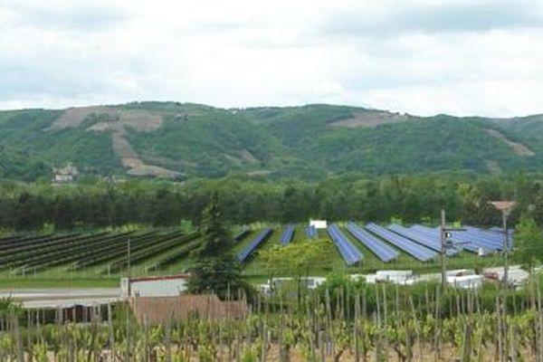 Photo-montage d'un projet de parc photovoltaïque de la CNR sur les communes d'Erôme et Gervans dans la Drôme