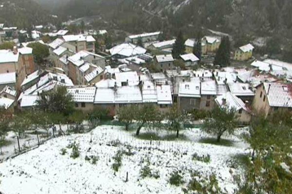 Isola sous la neige, le 28 octobre