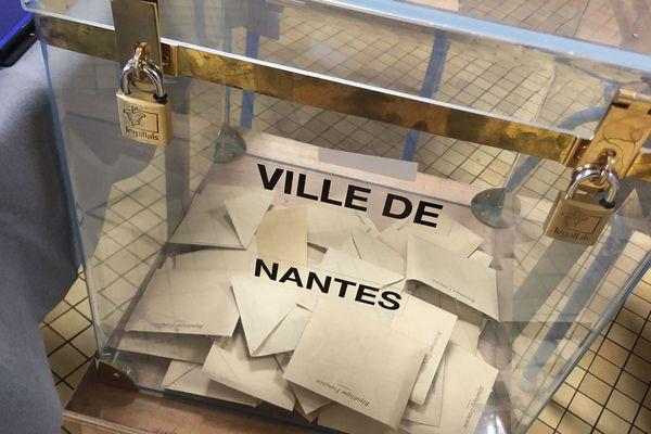 Bureau de vote à Nantes, 15 mars 2020