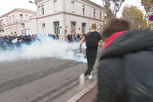 Perpignan - les lycéens dispersés par la police - 20 novembre 2018.