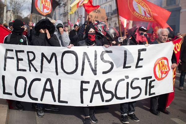 Une manifestation avait été organisée le 24 mars 2018 à Marseille pour demander la fermeture du local du Bastion social, un groupuscule d'extrême droite.
