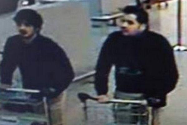 Najim Laachraoui et Ibrahim El Bakraoui, le 22 mars à l'aéroport de Bruxelles-Zaventem.