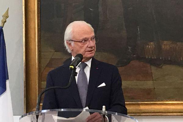 Le roi de Suède à Pau remercie les Palois.