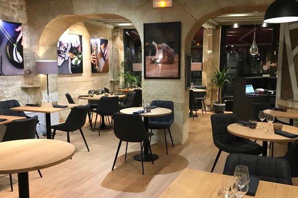 La salle de l'Accolade, restaurant crée par  Pierre Lefebvre