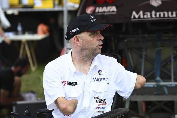 Philippe Croizon à Asuncion avant le départ du Dakar 2017.