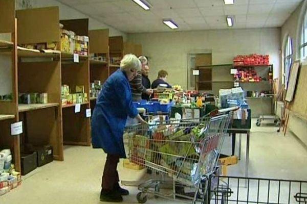 Des centaines de bénévoles ont donné un coup de main à la Banque Alimentaire en Haute-Loire à l'occasion de sa Grande Collecte annuelle organisée les 24 et 25 novembre 2012.