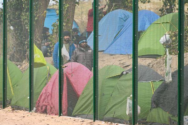 Des migrants lors d'une opération similaire, début avril.