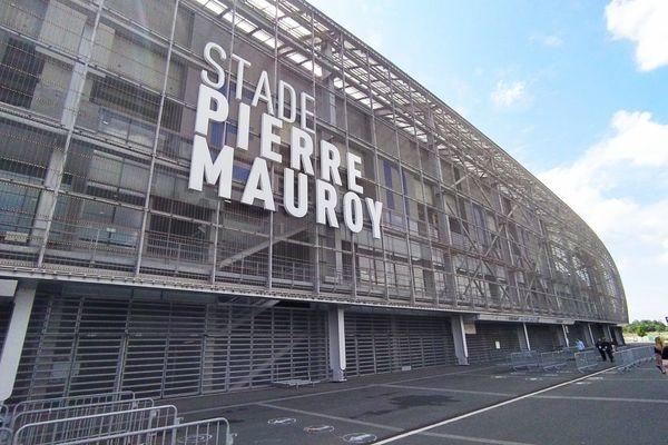 Le stade Pierre Mauroy à Lille (Nord) accueille la demi-finale de Top 14 opposant le Stade Toulousain à l'Union Bordeaux-Bègles.