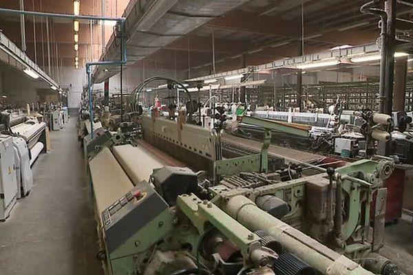 L'entreprise Lemaitre-Demeestere, l'une des dernières des Hauts-de-France à tisser du lin.