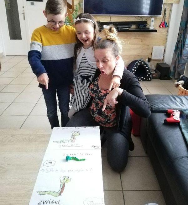 Les enfants et les parents apprécient les ateliers ludiques et interactifs