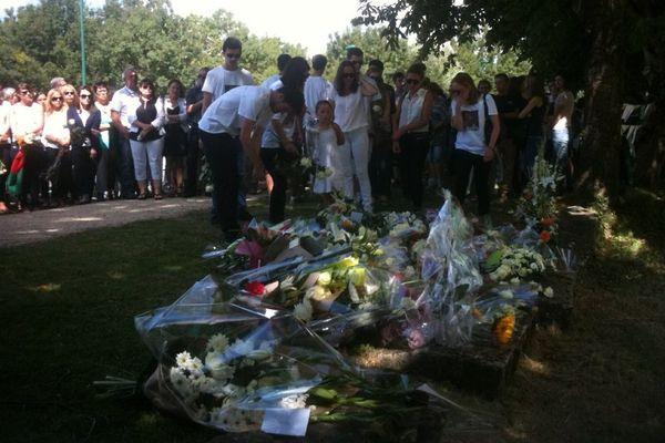 1 200 personnes ont rendu hommage à la famille Ouedraogo à Rouans
