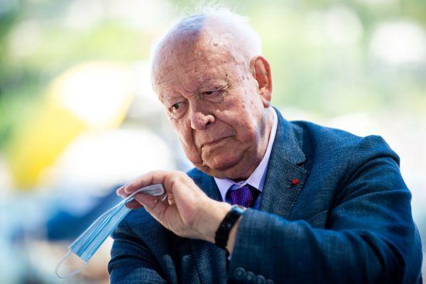 Jean-Claude Gaudin, maire de Marseille pendant 25 ans, le dimanche 28 juin pour le second tour des élections municipales.
