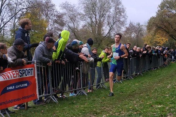 Hugo Hay a pris la deuxième place en catégorie espoir du cross de sélection qui a eu lieu à Allonnes (Sarthe) dimanche 17/11/2019.