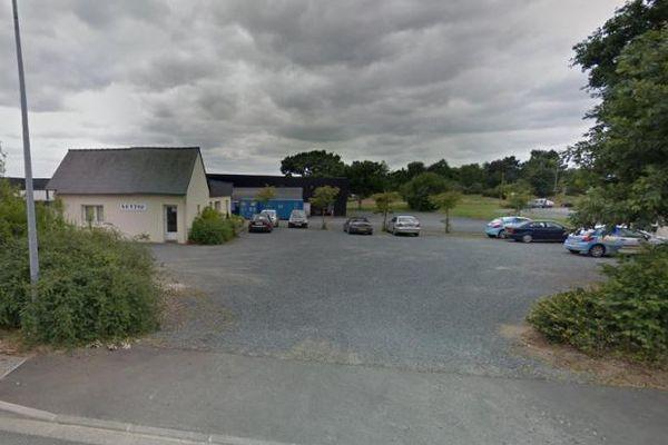 Le cabinet Setti est installé dans une zone industrielle près de Guingamp, dans les Côtes-d'Armor