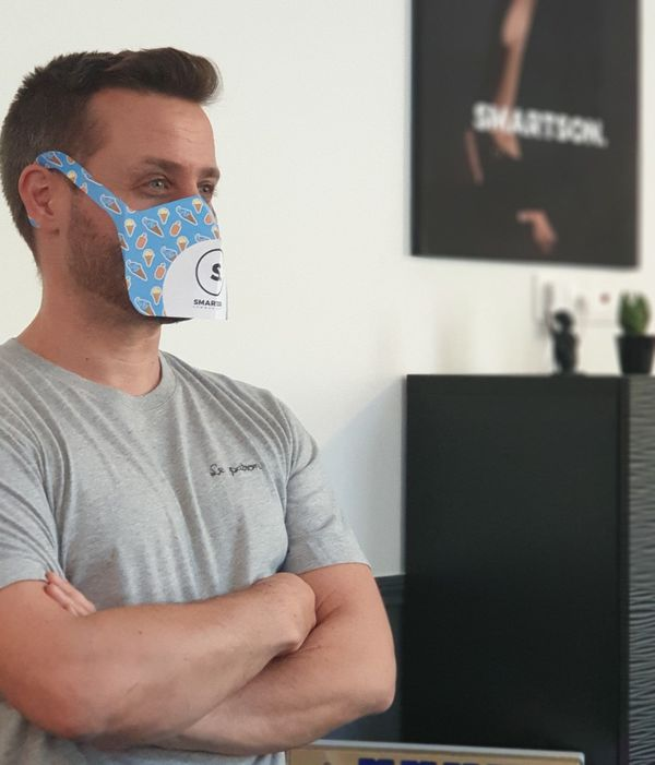 Le masque peut servir du support publicitaire et être personnalisé.