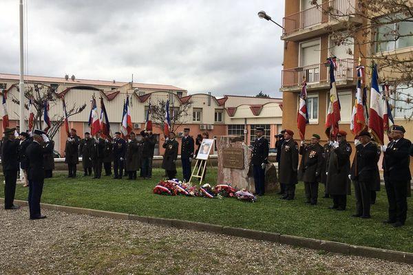 A Carcassonne, une pensée particulière pour le colonel Arnaud Beltrame à la caserne Saint-Jacques -15 février 2019