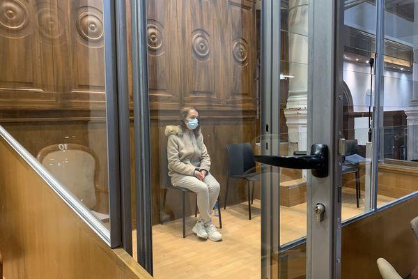 Nîmes - le procès de Catarina Castro, dans le box des accusés, se poursuit devant la cour d'assises du Gard - 9 avril 2021.