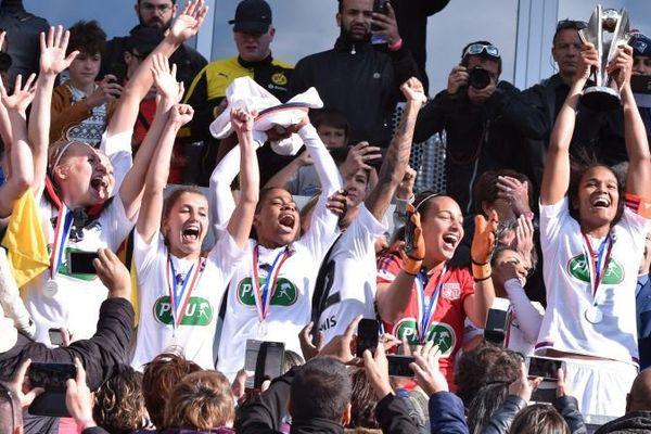 L'OL féminin lors de sa victoire en Coupe de France le 15 mai 2016.