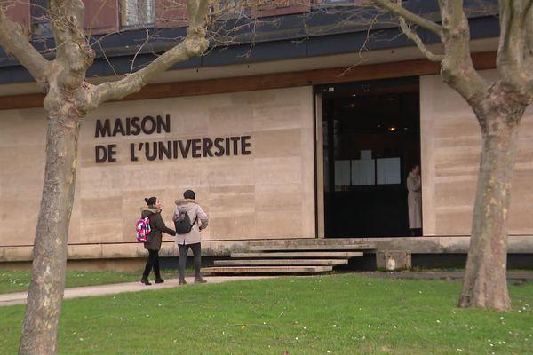 L'université de Bourgogne compte une centaine d'étudiants chinois.
