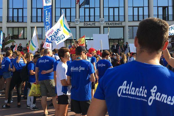 La compétition de jeux nautiques des Jeunes Européens a débuté officiellement lundi soir