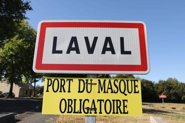 Le port du masque obligatoire à Laval et étendu à 67 autre communes du département de la Mayenne depuis le 11 octobre