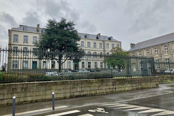 Le collège Anatole Le Braz est l'un des établissements concernés
