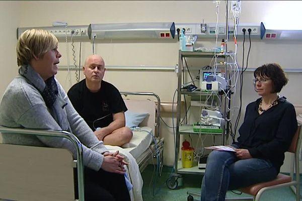 Marc Bureau, atteint de leucémie, et ses deux soeurs, ont appris qu'un donneur compatible avait été trouvé.