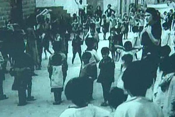 Des dizaines d'enfants Arméniens accueillis dans des orphelinats en France