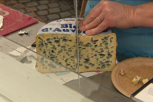 Près de 100 exposants sont présents à la Fête du Bleu d'Auvergne samedi 17 et dimanche 18 août.