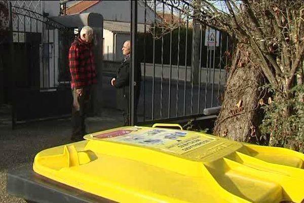 Jeter ses ordures : un geste quotidien... qui coute trôp cher pour certains usagers du bassin de Riom (63).