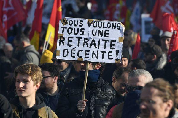 Manifestation des retraites à Lyon, le 10 décembre 2019, où 15000 manifestants se sont rassemblés.