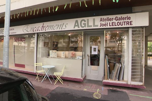 La galerie-atelier de Joël Leloutre place Letellier à Caen.